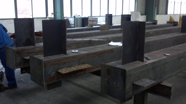 箱型柱- 四川远急中艺钢结构有限公司